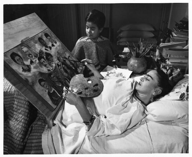 La Casa Azul de Frida Kahlo (Las apariencias engañan: los vestidos de F. K.)